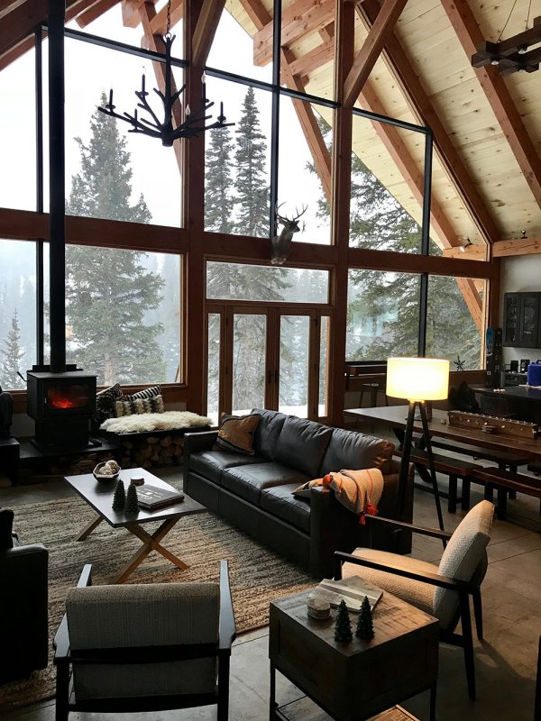red mountain alpine lodge living room