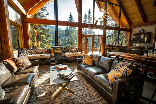 red mountain alpine lodge living